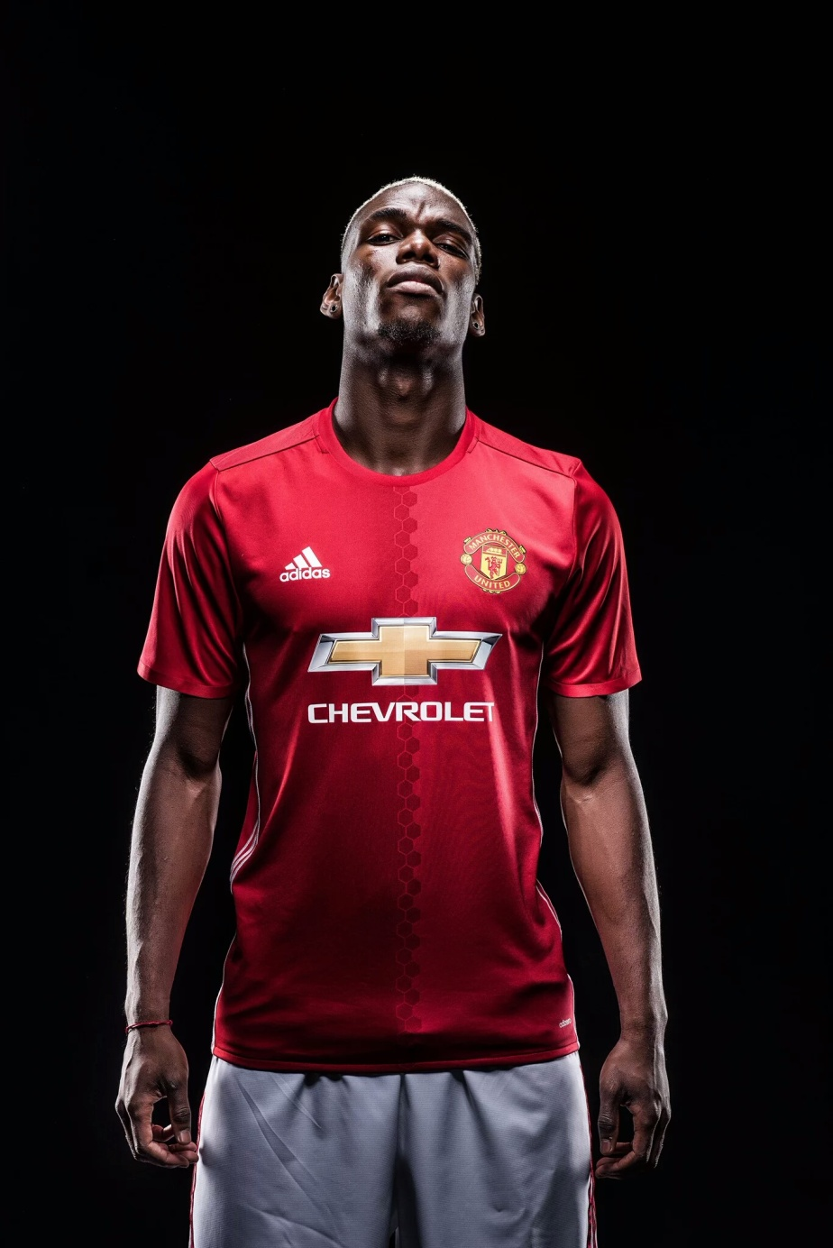 BREAKING: Paul Pogba is back at ManchesterUnited